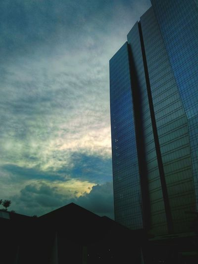 Architecture Relaxing Urban Urban Geometry Cityscapes Urban Landscape Sky And Clouds In Heaven Architecture_bw Architecturelovers