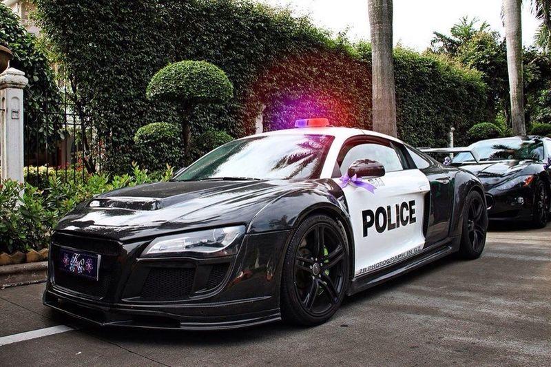 R8 Police Interceper
