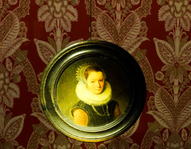 Prelude to portrait photography. Miniature Portrait Lifestyles Portrait Of A Woman Carving - Craft Product Close-up Craft Creativity 18th Century Culture Decorative Art Design Floral Pattern Illuminated Multi Colored Ornate Work In Progress Wiki Loves Art Museum History