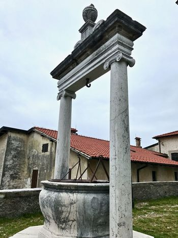 Sacro Monte di Varese. Architecture_collection Architectural Column Architecture Building Exterior Built Structure City Cloud - Sky Columns And Pillars Historical Italy Low Angle View No People Outdoors Sky Tree