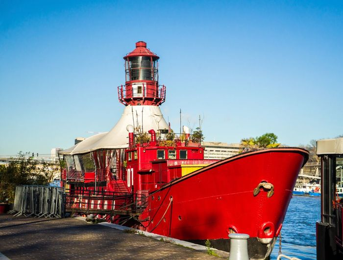 Lighthouse Boat