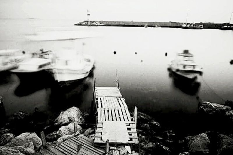 Ships Seaside Sea Denizfeneri Sahil Cankurtaran Dalgakiran Eye4photography  EyeEm Eyemphotography Blackandwhrite Siyahbeyaz Canon