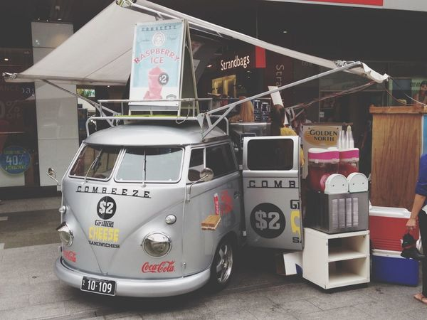 Kombi-nience food car Taking Photos Check This Out Creative Streetart Beautiful Surroundings Mariogordon