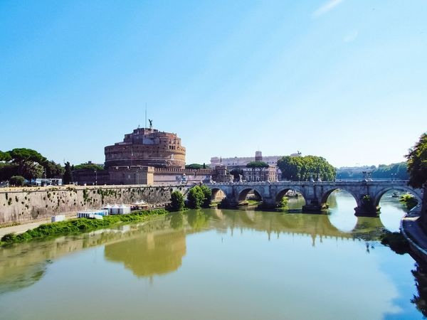 Roma a mattina Rome Bridge Tiber River EyeEm Selects City Water Ancient Civilization Clear Sky History Reflection Ancient Sky Palace Castle Calm Past Place Of Interest Fortress Tranquil Scene