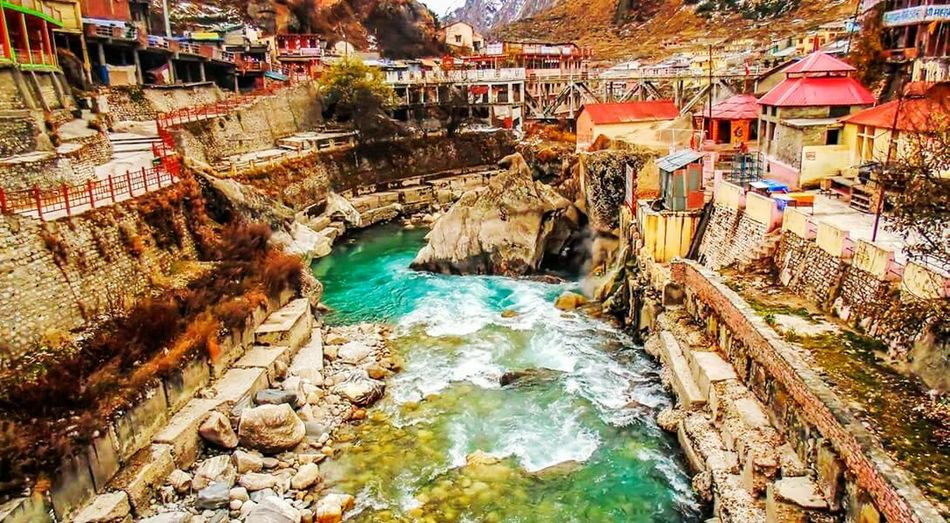 Pastel Power in beautiful vally of himalaya Badrinath Shivasanker Vishnu
