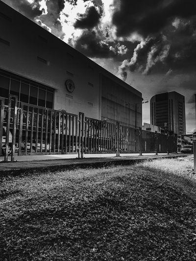 Bnw Architecture City Urban Photography Mobilephotography Bnw_city Bnwmoods Streetphotography The Week On EyeEm EyeEmNewHere