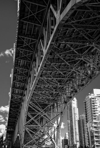 #architecturelovers #architecture #construction #palaisroyal #beautifulbc #bridge #cambiebridge #falxcree #skyscaper #supernaturalBC #vancity