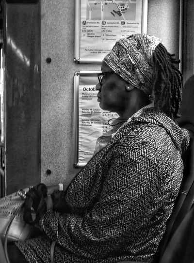 One Person Real People Side View One Woman Only Streets Of Glasgow Commuters In Glasgow Strangers In Transit WeekOnEyeEm EyeEm Gallery