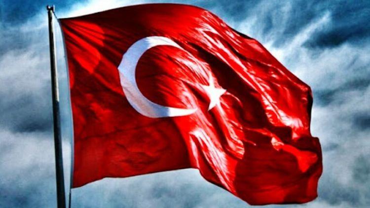 Türk doğmak herkeze nasip olmaz.. Turkiyem Albayrak Redwhite ❤❤
