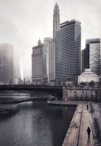 Freezing rain on the last day of 2018 in Chicago Chicago Is My City Windy City Chicago Good Bye 2018 Architecture_collection Architecture Walking Riverside River Fog Rain Cold Temperature Building Exterior Architecture Built Structure City Building Office Building Exterior Water