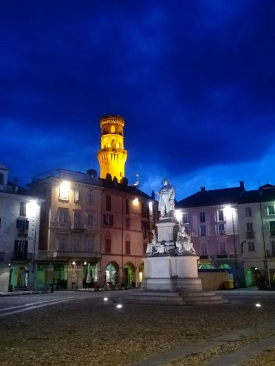 Tower Medieval Tower Medieval Architecture Medieval Vercelli Italy Piedmont Italy Piemonte Piemonte_super_pics Cavour Statue City Illuminated Clock Clock Face Cityscape Sky Architecture Building Exterior Historic Old Town TOWNSCAPE Town