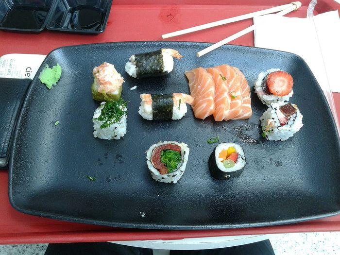 Japanese Food Hashi Boy Man Friends Weekend Wasabi