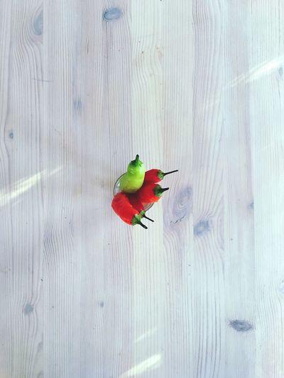 Chillis Chilli Chili Pepper Scandinavian Scandinavian Design Wood Aesthetics Wood - Material No People Vibrant Color Wooden Plank Table