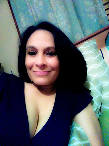 One Woman Only Portrait Looking At Camera Adults Only Front View Happiness Smiling Beautiful Woman Confidence  Close-up Cheerful Young Women Beauty Sexy♡ Selfie ♥ Capture The Moment That's Me💕 I Love Taking Pictures <3 Love❤ Texas United States Crockett, Tx Happy New Year 2017 🆙🎉🎉 At Home Model