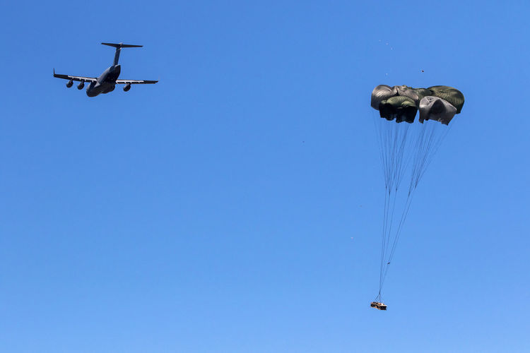 Aircraft Airplane Flying Hercules Military Airplane Military Maneuvers NATO Parachutes Paratroopers Soldiers
