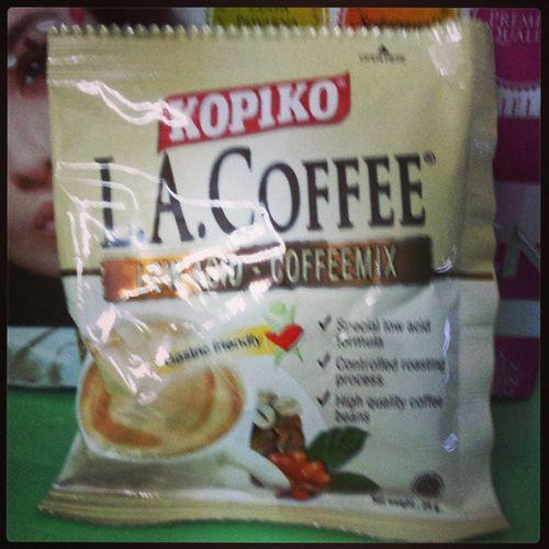 Mari Kita Ber L.A Coffee Secawan ;) Kopiko CoffeeMix LowAcid