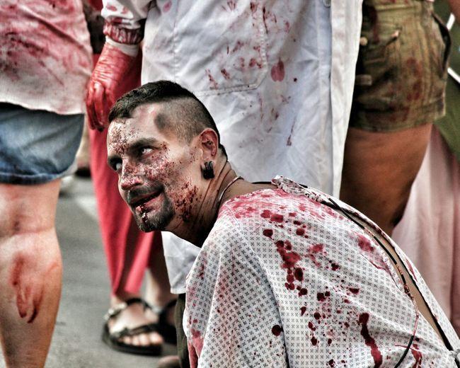 The Walking Dead 3 💀 Festadellunicorno Vinci Zombie Apocalypse Zombie Zombies  Walkers Makeup Horror Portrait Men MedievalTown Festival Toscana Tuscanygram Italy❤️ Florence Firenze Cinema Horrible Horror Portrait
