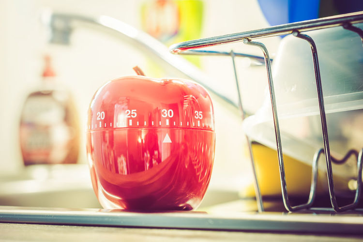30 Minutes - Red Kitchen Egg Timer On A Sink With Dishes 30 Countdown Dish Red Reflection Retro Sink Analog Apple Shape Close-up Cooktop Counting Down Detergent Egg Timer Hours Kitchen Timer Macro Minutes Pot Seconds Table Thirty Time Timer Vintage