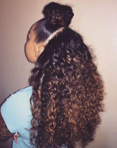 Model Aesthetics Gorgeous Fashion Hair Style Curly Hair Alot Of Hair Hair Natrual Hair