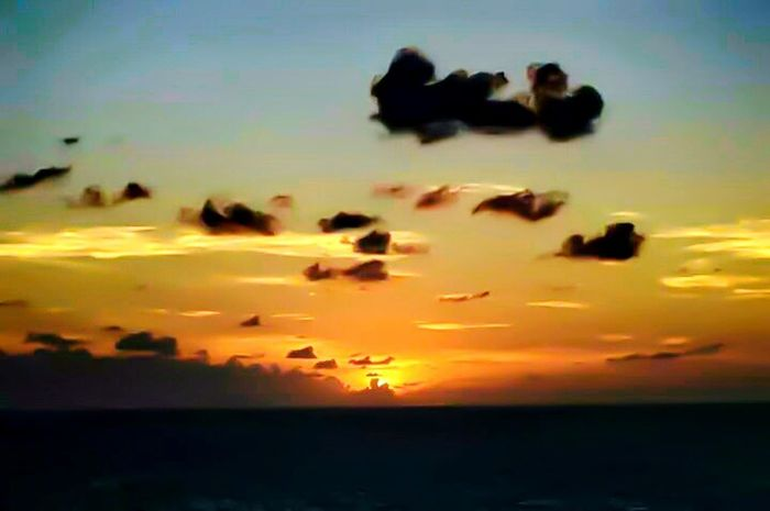 An old picture i took, decided to mess around with it on mobile adobe photoshop and i really like how it came out. Old Pic  Reedited Adobe Photoshop Beautiful Ocean Sunset Clouds And Sky