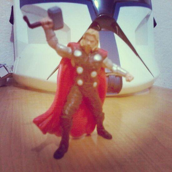 Thor Actionfigure Thor  Asgard Marvel toys collection Mjolnir
