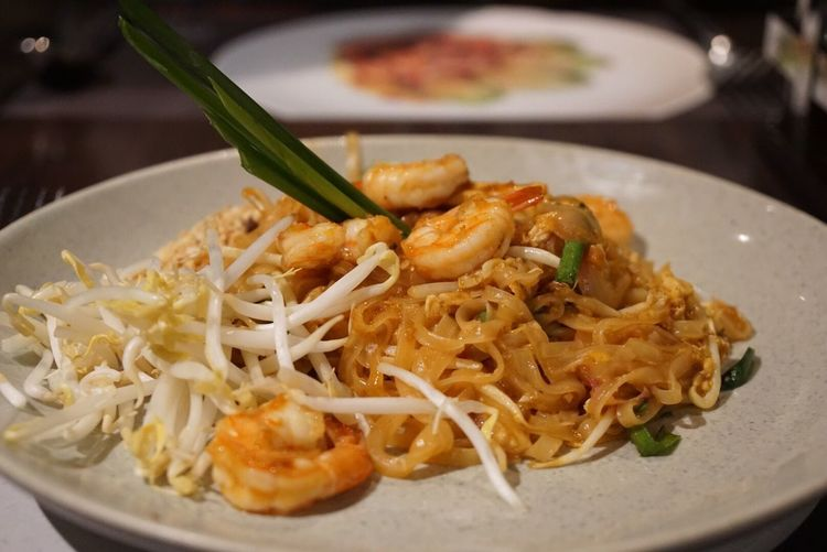 Food And Drink Food Ready-to-eat Freshness Noodles Plate Serving Size Healthy Eating Close-up Indoors  Focus On Foreground No People Seafood Italian Food Bowl Garnish Meal Phadthai