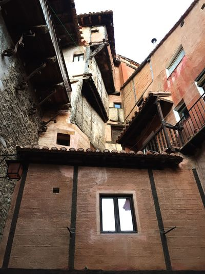 SPAIN CastillaLaMancha Albarracín Crazy Crazy Architecture Old Old Buildings Mixed Age Range Different Perspective Building Exterior Architecture Built Structure Residential Building House Outdoors Spain Is Different Countryside #urbanana: The Urban Playground