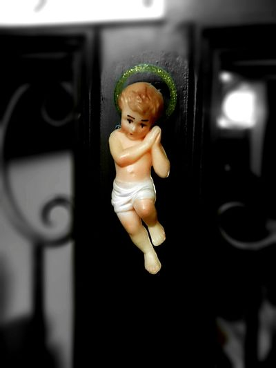 Jesus Baby Jesus Taking Photos Photooftheday Picoftheday Eye For Photography Urban 4 Filter Cellphone Photography Photo Of The Day Pixlr