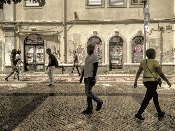 Distâncias | Distances Streetphotography Passerby Candid Intervals