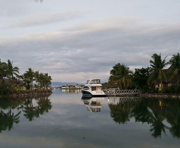 Pretty Parking Fiji ❤🌴 Fiji Islands Day No People Horizon Over Water Water Outdoors Scenics Cloud - Sky Vacations Fiji Photos FijiLiving Palm Trees