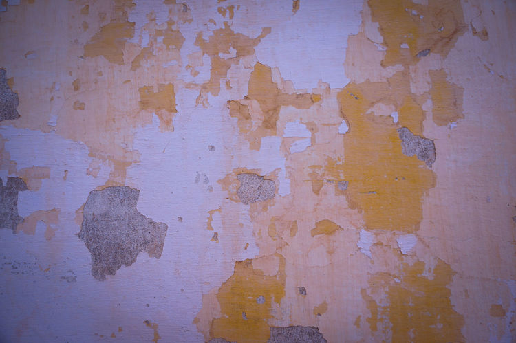 Entropy still kicking it ⏳ Abstract Backgrounds Textured  Rough Paint Yellow Wall Built Structure Architecture Decay Decaying Beauty Of Decay Decomposing Arrow Of Time Mur Nature Art On The Wall Minimalist Shootermag Minimalism Shattered Chain Reaction Minimalistic Minimal