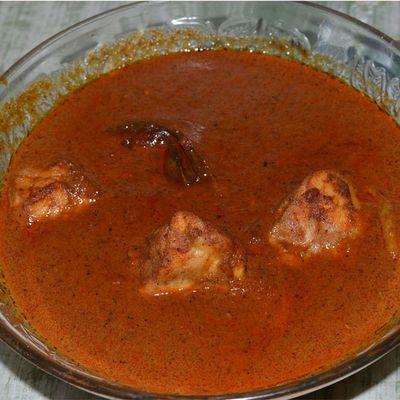 """Rendang ayam banjir"", dan ayamnya pun tenggelam di bumbu rendang...Makanan Masakanindonesia Masakan Masakanrumah Masakanrumahan Foodies Food Cooking Cook  Chef koki Kuliner Culinary Cullinary"