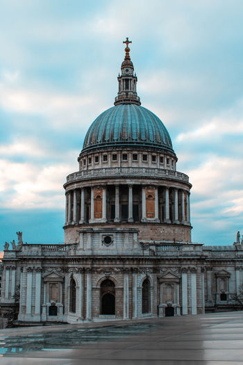 Cathedral City Cloudy London Melancholic Landscapes Sublime Architecture Building Exterior Built Structure Cloud - Sky Day Dome Magestic Melancholy No People Outdoors Sky Streetphotography Travel Destinations Urban Urban Landscape Stories From The City