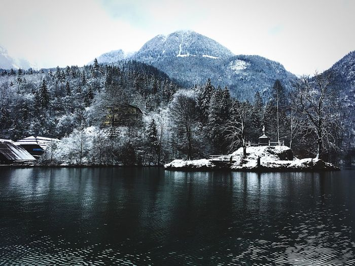 Königsee Königssee EyeEm Selects Water Sky Nature Day No People Tree Waterfront Beauty In Nature Lake Outdoors Reflection Scenics - Nature Architecture Plant Motion Rippled Tranquility Built Structure Tranquil Scene Flowing Water