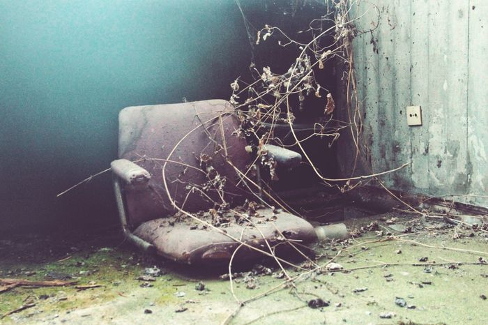 | Abandoned | I Luoghi Dell'abbandono Chairs Broken Power In Nature Abandoned Damaged Close-up Deterioration Bad Condition Obsolete Ruined Old Ruin Destruction The Still Life Photographer - 2018 EyeEm Awards The Traveler - 2018 EyeEm Awards