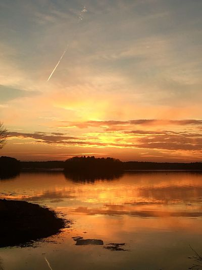 Golden Hour Golden Hour Sunset Water Reflection Beauty In Nature Scenics Nature Sky Orange Color Silhouette Tranquil Scene Cloud - Sky