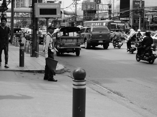 footpath in bangkok Thailand Cars Bangkok Black And White Black And White Photography Blackandwhite Blackandwhite Photography Day Footpath Footpath Sign Life Outdoors Pathway Road Street Street Photography Streetphoto_bw Streetphotography Thailand Way