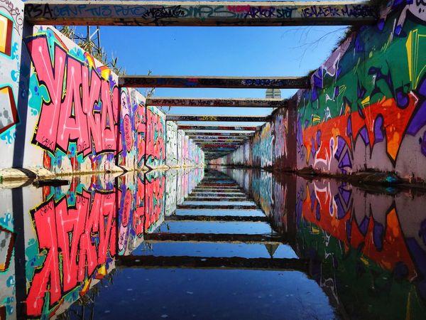 Streetphotography Street Graffiti Walking Around Wall Reflection France Colors