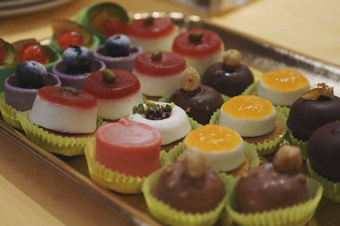 dessert pastry Sweet Food Close-up Food And Drink Gelatin Dessert Cheesecake Cupcake Holder Macaroon Mousse Grated Puff Pastry Chocolate Cake Sponge Cake Cake Dessert Pastry Temptation Tart - Dessert Pie Slice Of Cake Whipped Cream Plain Background Cupcake Cakestand Sprinkles