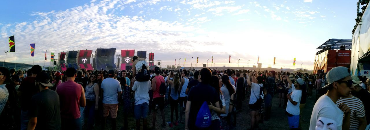 Creamfields / Chile 16 Sky Large Group Of People Outdoors Crowd Cloud - Sky Beauty In Nature People Nature Day Adults Only Adult Creamfields Festival Season City Life Creamfields Festival Tiesto Electronic Music Shots P9 Huawei Panoramic Photography Song Today ❤ Huawei P9 Leica Club Hipico
