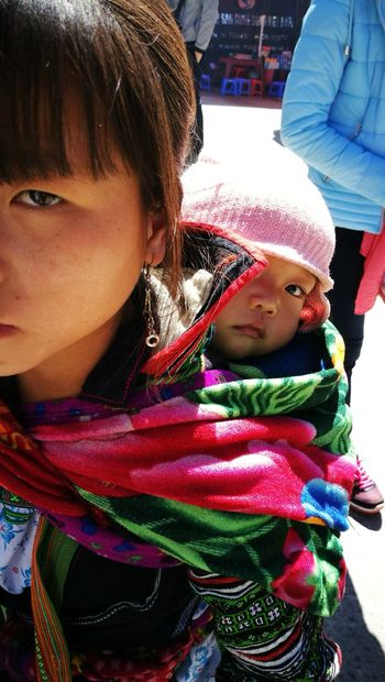 Life EyeEm Selects The City Light Close-up Baby Real People Cultures Babies Only Babyhood Parent Two Parents