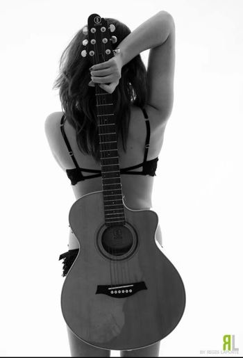 That's Me and my guitare Model
