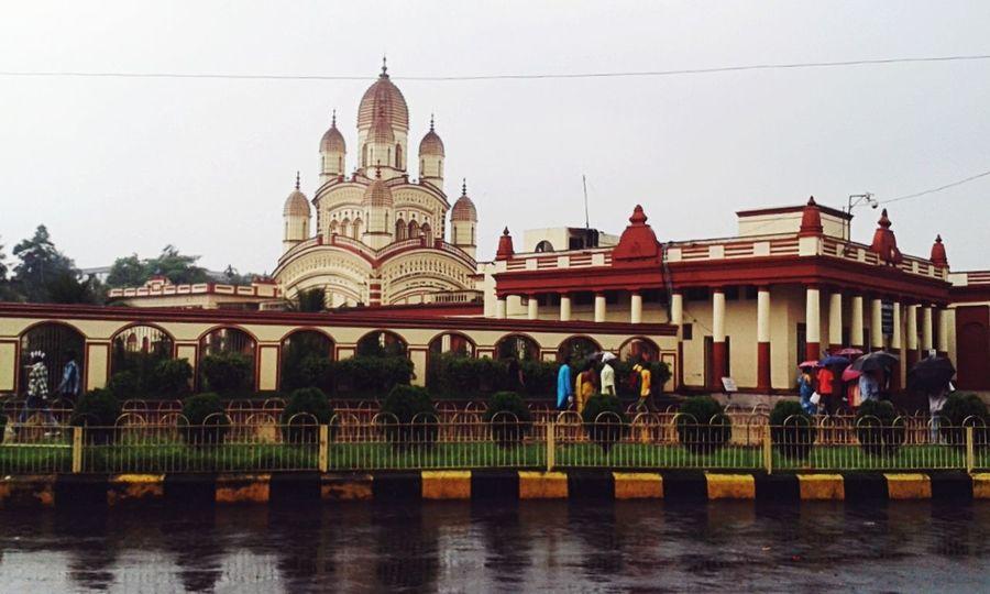 Kolkatadiaries Kolkatacity KolkataStreets Dakhineshwar Streetphotography Temple Architecture Indiapictures