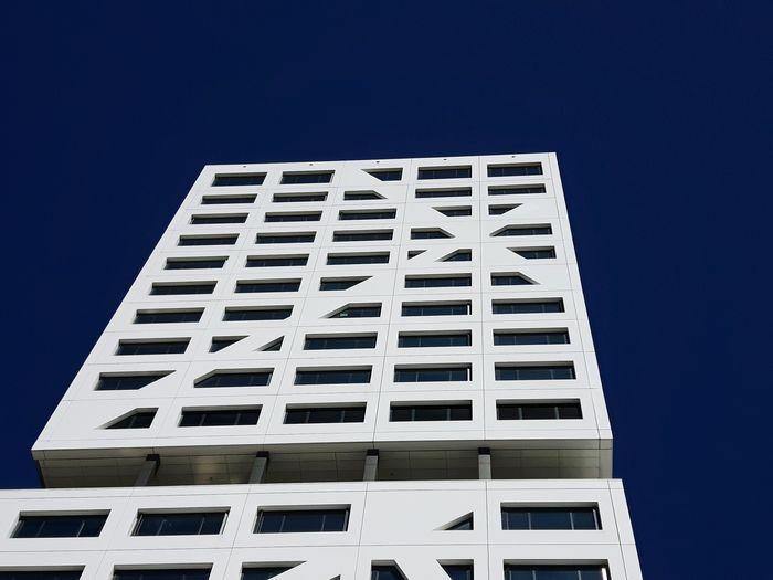Utrecht , Netherlands beautifull clear sky Minimalist Architecture