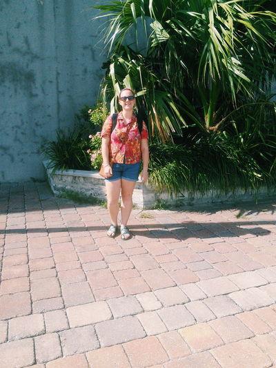 Hawaiian Shirt Cheese! Enjoying Life Tropical Plants Nature Sunshine Enjoying The View Bermuda Warm Weather