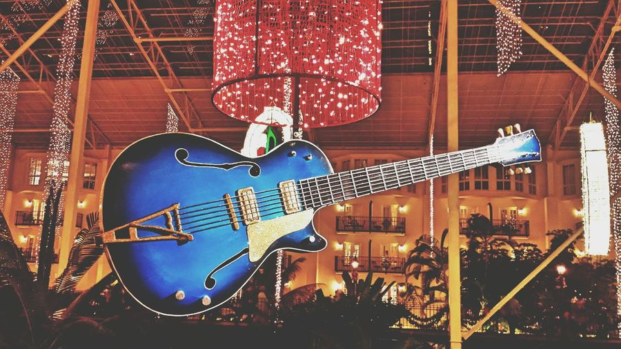 Gaylord Opryland Resort Oprylandhotel Nashville Guitar Rock'n'Roll Countrymusic  Music City Taking Photos Hanging Out Enjoying Life