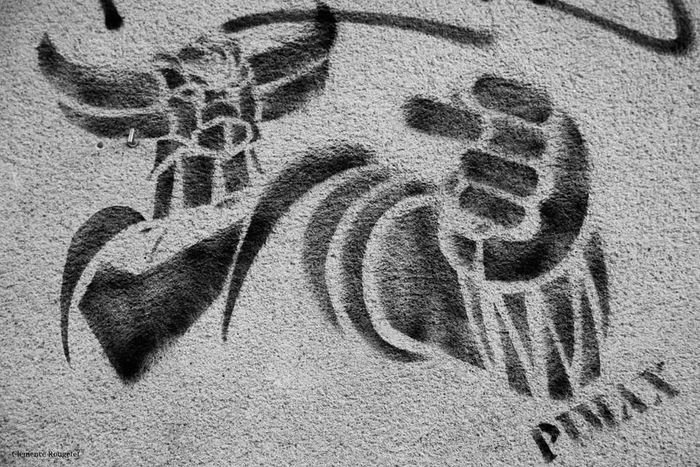 Goldorak a atterri à Saint-Ouen. Paris Street Art Portrait Street Art/Graffiti Goldorak Followme Saint-ouen Colors Artist