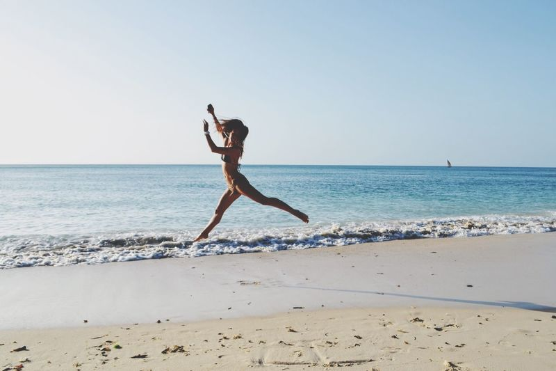 Feels so good Indian Ocean Africa Jump Sea Water Beach Sky Land Horizon Over Water #FREIHEITBERLIN Sunlight #urbanana: The Urban Playground