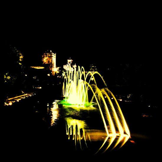 Juego de luz en noches cordobesas Taking Photos Enjoying Life Eye4photography  Relaxing
