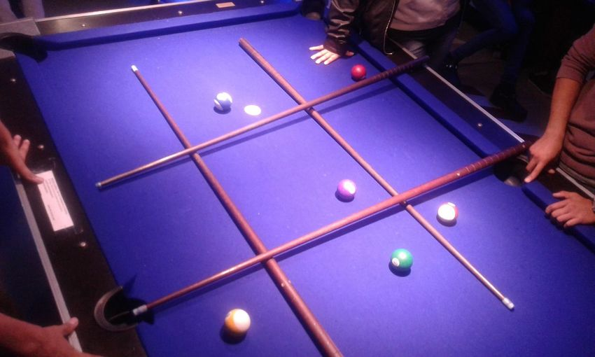 Pool tic tac toe ... Playing Pool Ball Pool Table Pool - Cue Sport Human Hand Sport Ball Indoors  Leisure Games People Human Body Part Adults Only Snooker Ball Pool Hall Snooker Adult One Person Cue Ball Pool Cue Sinuca Ta Te Ti Tic Tac Toe Jogo Da Velha